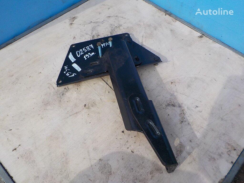 elementi di fissaggio sistemy AdBlue MAN per camion