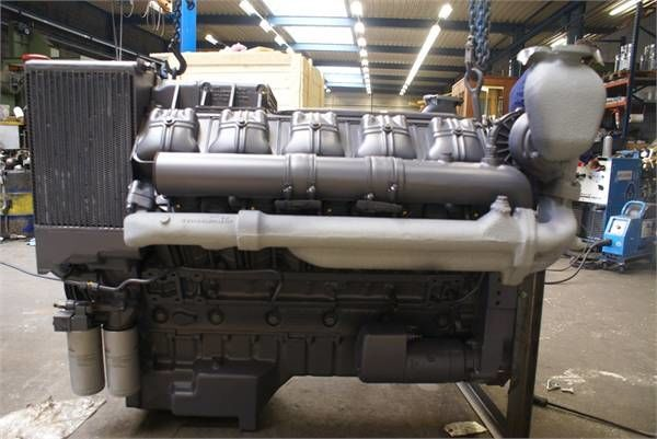 motore DEUTZ BF10L513 per escavatore DEUTZ BF10L513