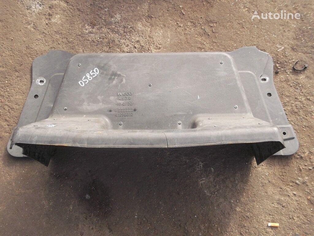 pezzi di ricambi Kozhuh zashchitnyy dvigatelya IVECO per camion IVECO