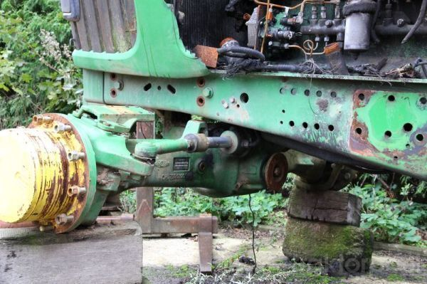 pezzi di ricambi JOHN DEERE 6920 b/u zapchasti / used spare parts JOHN DEERE per trattore JOHN DEERE 6920