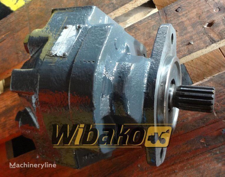 pompa idraulica Hydraulic pump Hanomag D500 per escavatore D500