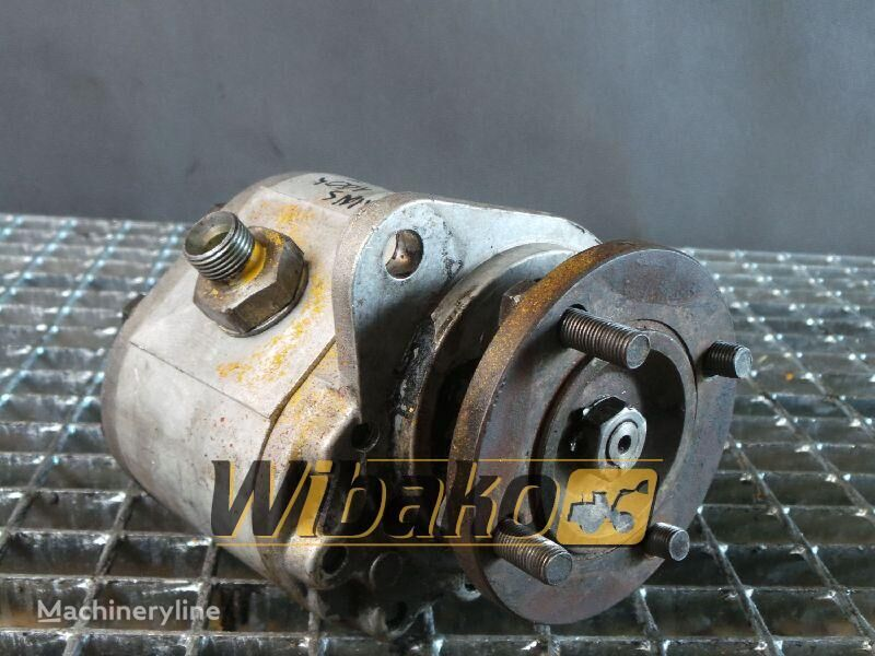 pompa idraulica Hydraulic pump Sauer 25L27689 per escavatore 25L27689