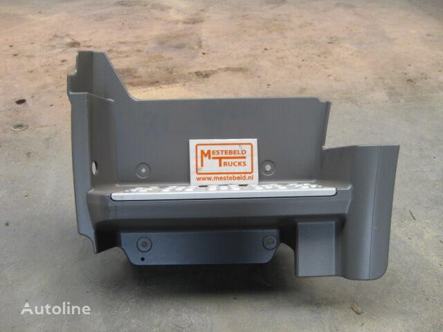 predellino MERCEDES-BENZ per camion MERCEDES-BENZ Instapbak links Axor nuovo