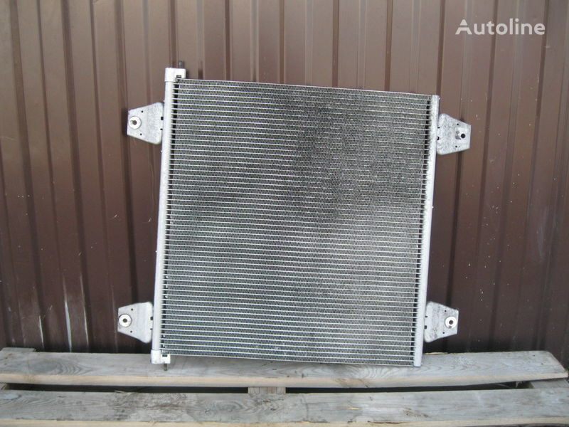 radiatore di raffreddamento motore DAF per trattore stradale DAF XF 105 / CF 85