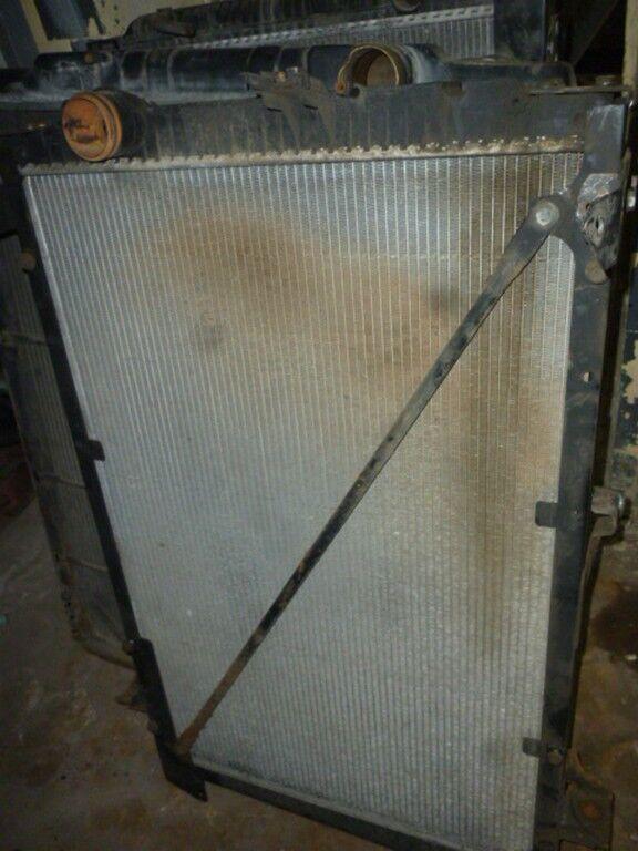 radiatore di raffreddamento motore DAF per camion DAF