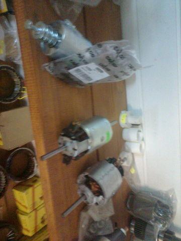 radiatore di riscaldamento MERCEDES-BENZ Motor pechki 0130111130 bosch per trattore stradale MERCEDES-BENZ ACTROS nuovo