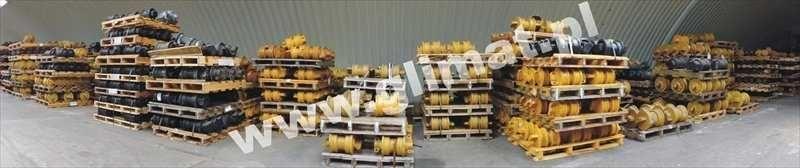 rullo inferiore HANOMAG per macchine edili HANOMAG D600 nuovo
