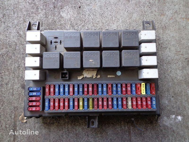 scatola dei fusibili DAF per trattore stradale DAF CF
