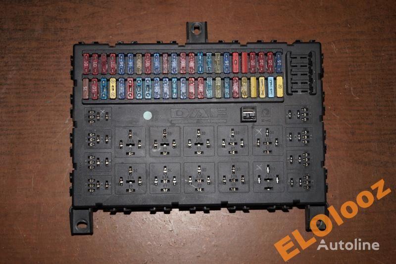 scatola dei fusibili DAF per camion DAF SKRZYNKA TABLICA BEZPIECZNIKÓW DAF XF CF 1373830