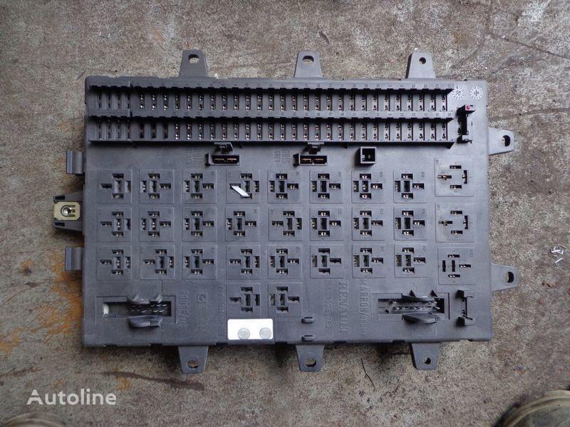 scatola dei fusibili RENAULT per trattore stradale RENAULT Magnum