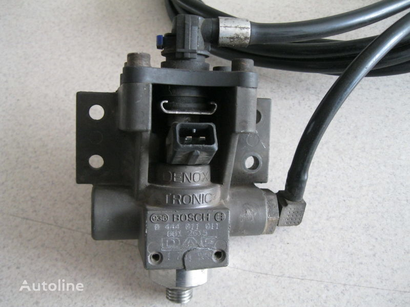 serbatoio AdBlue DAF ZAWÓR DOZUJĄCY per trattore stradale DAF XF 105 / CF 85