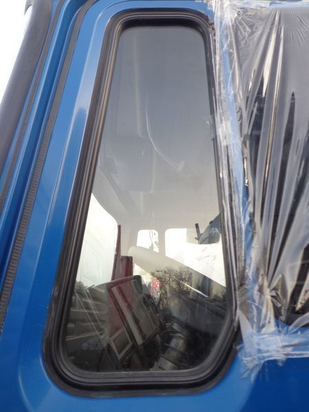 vetro MAN nepodemnoe per camion MAN 14
