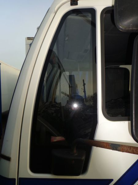 vetro MAN nepodemnoe per camion MAN 18