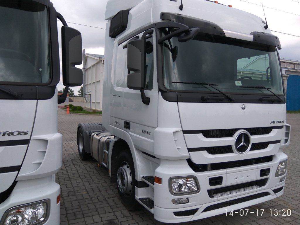 trattore stradale MERCEDES-BENZ Actros 1844 LS nuovo